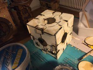 Companion Cube, Fimo-geschrägt