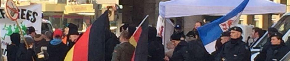 Pro Deutschland-Vollidioten, zwei