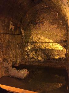 Gewölbe unter der Stadt